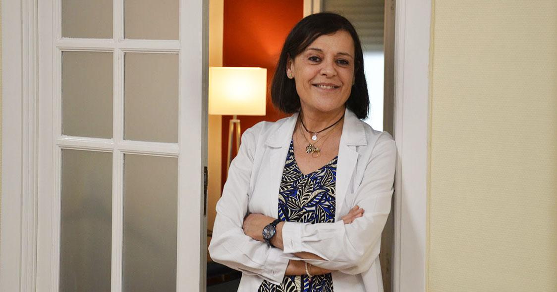 Especialista en Cirugía General y de Aparato Digestivo
